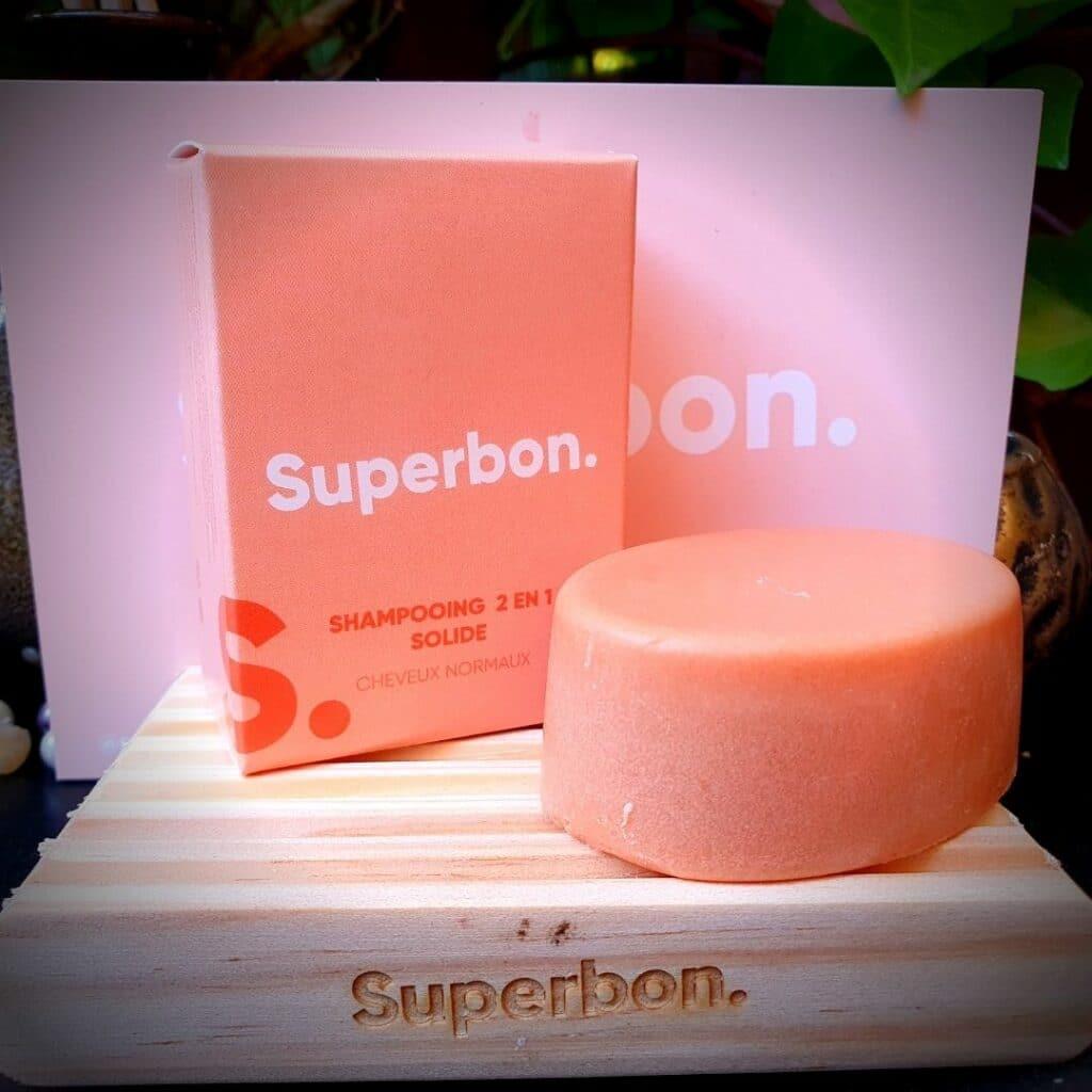 Le shampoing 2 en 1 Solide pour cheveux normaux de Superbon